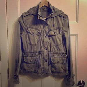 Talula (Aritzia) 'Army' Jacket - size Small